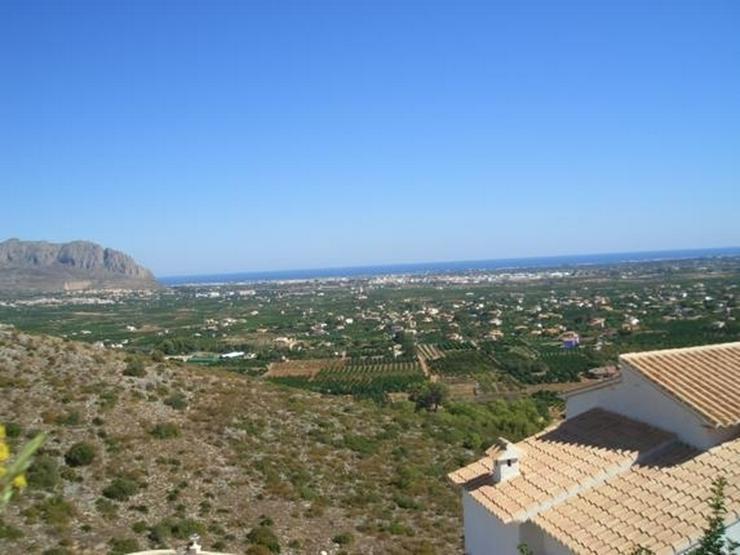 Bild 6: Schönes Baugrundstück mit herrlicher Fernsicht auf das Meer am Monte Solana
