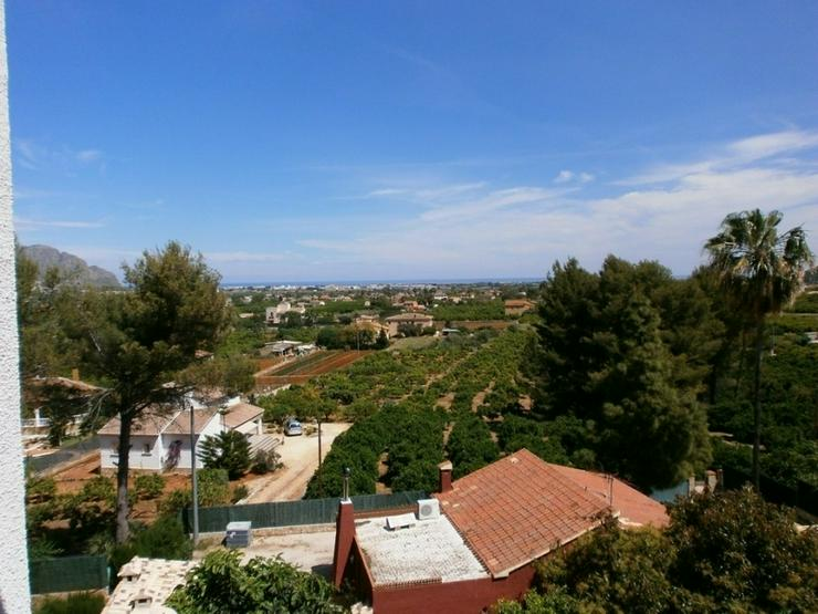 Bild 2: Villa in Monte Solana