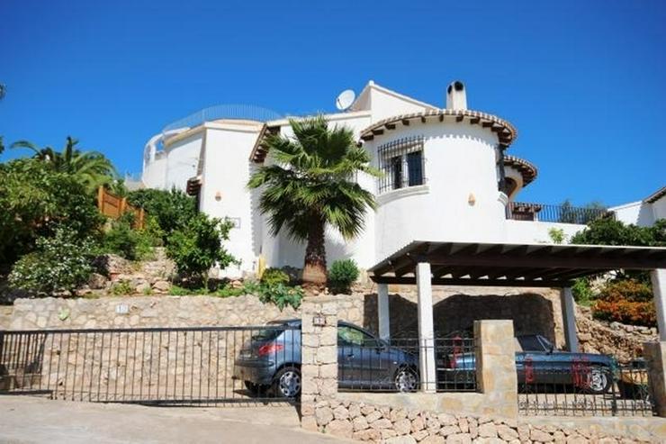 Villa in ruhiger Lage von Monte Pego mit Pool und Aussicht. - Haus kaufen - Bild 1