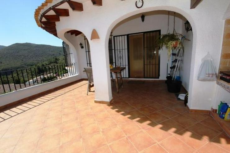 Bild 4: Villa in ruhiger Lage von Monte Pego mit Pool und Aussicht.