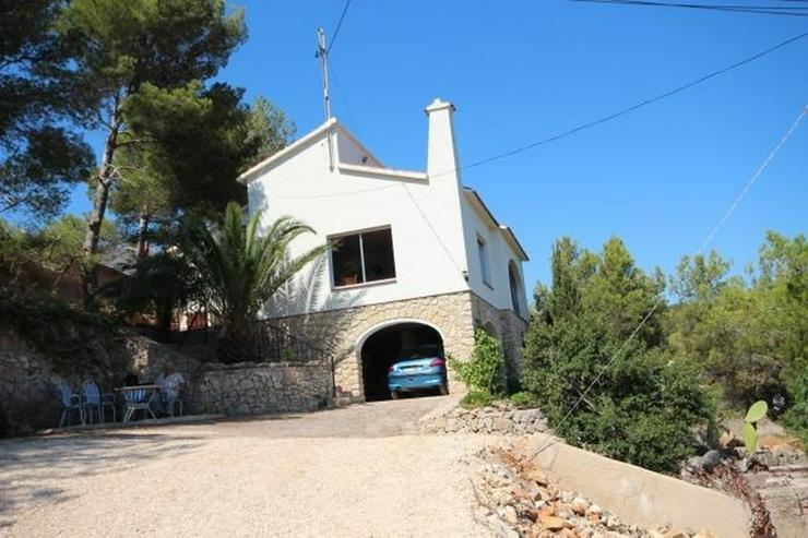 Bild 5: Einfamilienhaus in Las Rotas mit herrlichem Meerblick und 1.700 m² Grundstück zum renovi...
