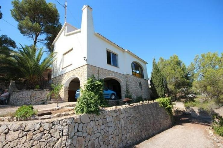 Einfamilienhaus in Las Rotas mit herrlichem Meerblick und 1.700 m² Grundstück zum renovi... - Haus kaufen - Bild 1
