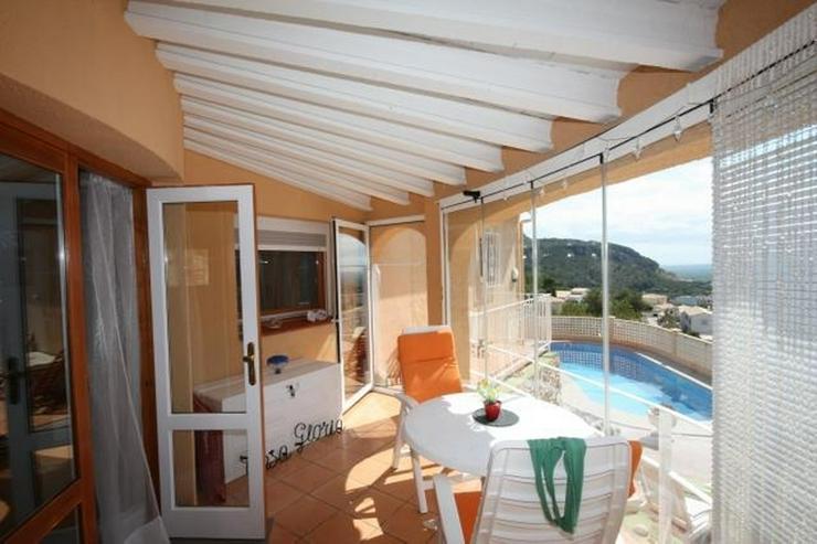 Bild 5: Gepflegte 2 Schlafzimmer Villa mit Pool in herrlicher Aussichtslage in Adsubia