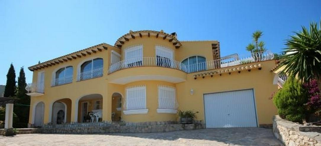 Großzügige Villa am Monte Pego mit Panoramablick auf Meer, Berge und die Reisfelder. - Bild 1