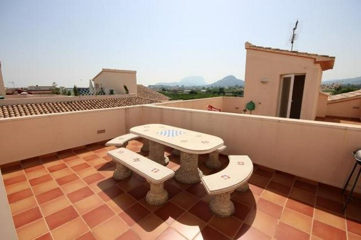 Bild 5: Großes Dorfhaus in guter Lage mit Klimaanlage, Terrassen, schöner Aussicht und Gemeinsch...