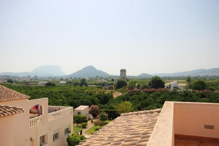 Bild 2: Großes Dorfhaus in guter Lage mit Klimaanlage, Terrassen, schöner Aussicht und Gemeinsch...