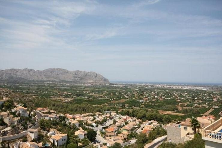 Bild 4: Gepflegte 3 Schlafzimmer Villa mit Pool und herrlicher Fernsicht in Monte Solana / Pedregu...