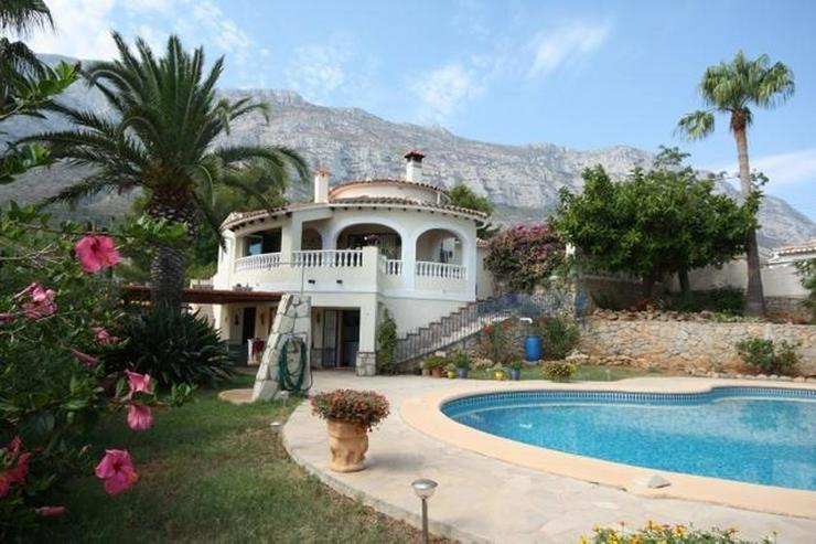 Private 3 Schlafzimmer Villa mit großem Pool, nur 3,5 km vom Stadtzentrum Denia entfernt. - Haus kaufen - Bild 1