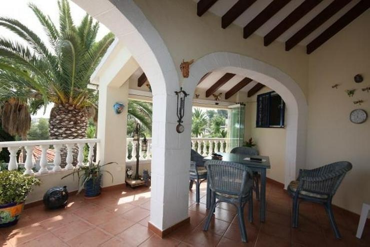 Bild 4: Private 3 Schlafzimmer Villa mit großem Pool, nur 3,5 km vom Stadtzentrum Denia entfernt.
