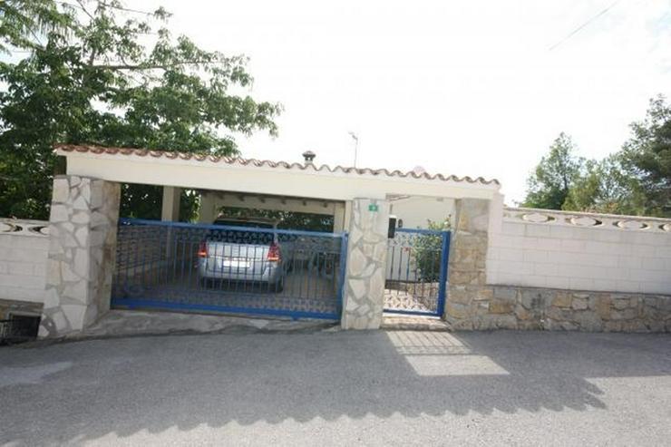 Bild 5: Private 3 Schlafzimmer Villa mit großem Pool, nur 3,5 km vom Stadtzentrum Denia entfernt.