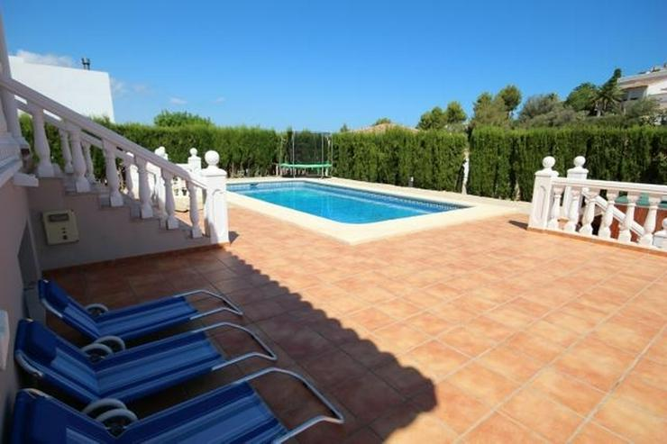 Bild 2: Luxus-Villa von 335 m2 auf einem Grundstück von 820m2 in einer privaten und ruhigen Lage ...