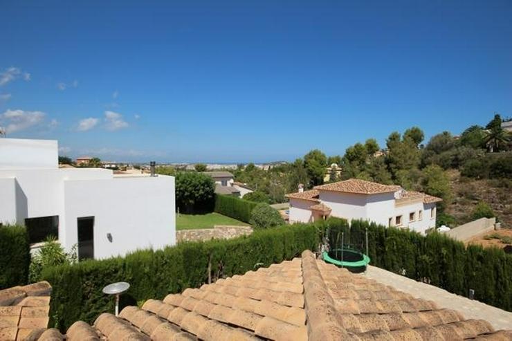 Bild 5: Luxus-Villa von 335 m2 auf einem Grundstück von 820m2 in einer privaten und ruhigen Lage ...