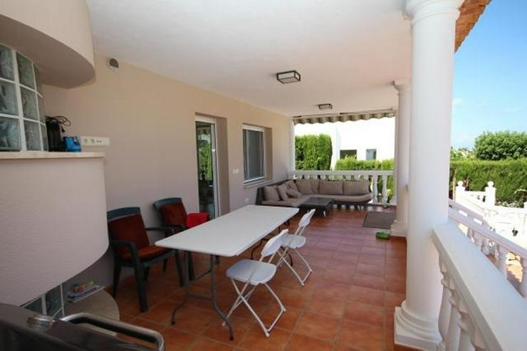 Bild 4: Luxus-Villa von 335 m2 auf einem Grundstück von 820m2 in einer privaten und ruhigen Lage ...