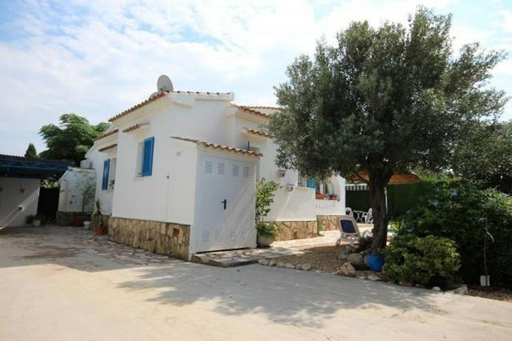 Bild 2: Sehr gepflegte, schöne Villa in Els Poblets mit 4 Schlafzimmern, 3 Bädern, Pool, Grundst...