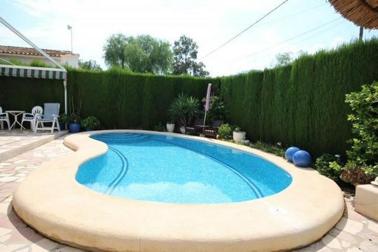 Bild 4: Sehr gepflegte, schöne Villa in Els Poblets mit 4 Schlafzimmern, 3 Bädern, Pool, Grundst...