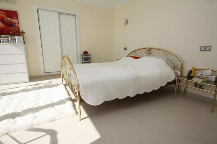 Bild 11: Moderne und lichtdurchflutete 6 Schlafzimmervilla mit Meerblick in Javea
