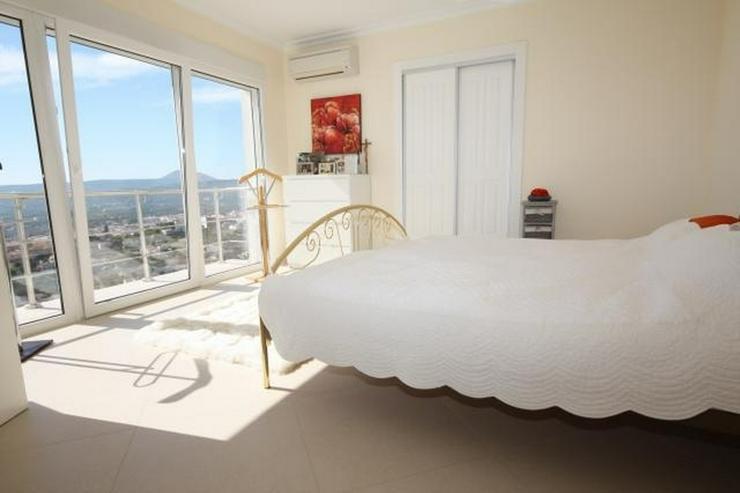 Bild 13: Moderne und lichtdurchflutete 6 Schlafzimmervilla mit Meerblick in Javea