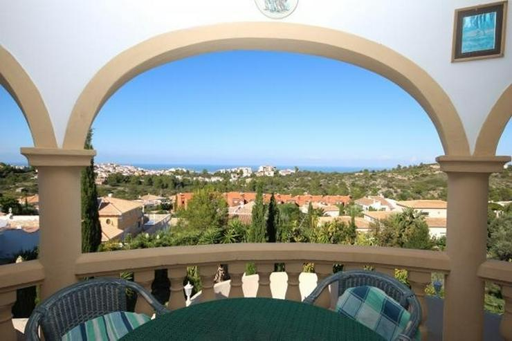 Bild 4: Wunderschöne Villa mit atemberaubendem Meerblick, 4 Schlafzimmern, 3 Bädern und einem be...
