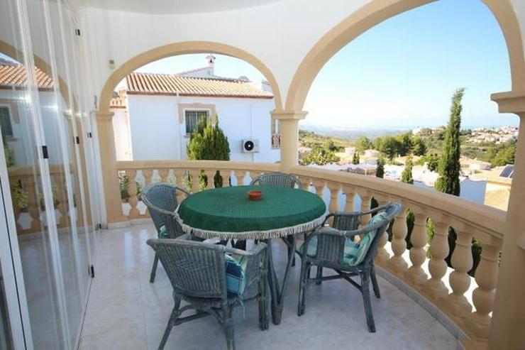 Bild 3: Wunderschöne Villa mit atemberaubendem Meerblick, 4 Schlafzimmern, 3 Bädern und einem be...