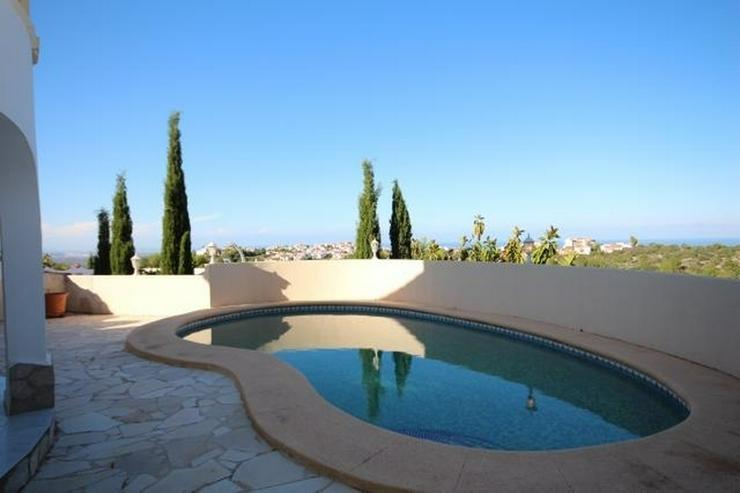 Bild 2: Wunderschöne Villa mit atemberaubendem Meerblick, 4 Schlafzimmern, 3 Bädern und einem be...