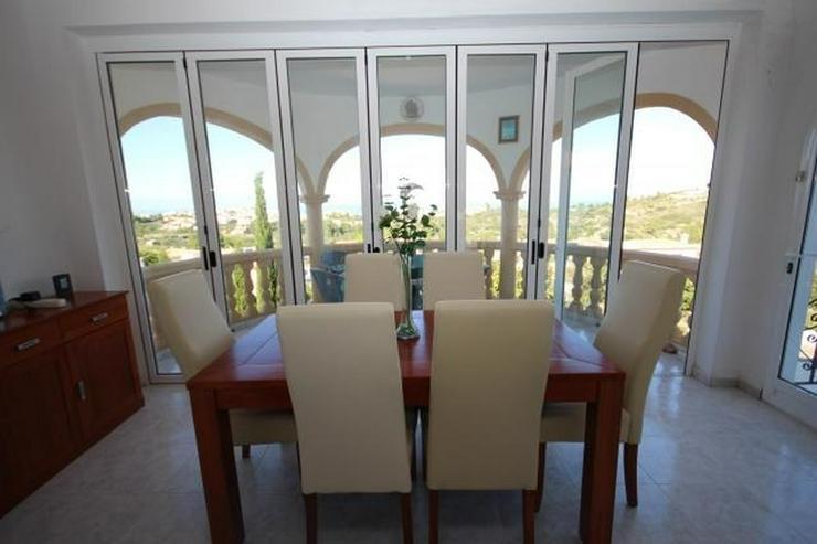 Bild 5: Wunderschöne Villa mit atemberaubendem Meerblick, 4 Schlafzimmern, 3 Bädern und einem be...