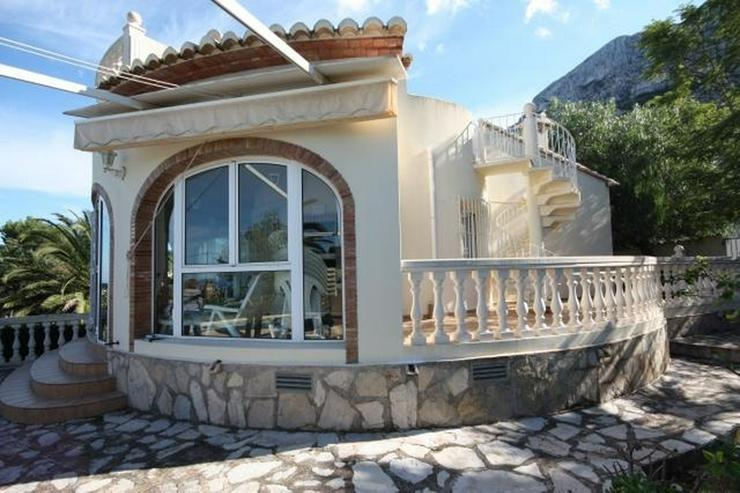 Bild 2: Villa mit 3 Schlafzimmern und herrlichem Meerblick