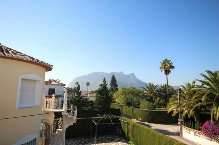 Bild 6: Charmante Villa mit 3 Schlafzimmern, 2 großen Bädern, Pergola, Pool und Holzhaus in Els ...