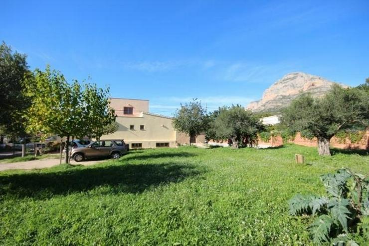 Großzügige Villa mit sehr guter Ausstattung, Pelletheizung, Dachterrasse, etc. an der Ve... - Bild 1