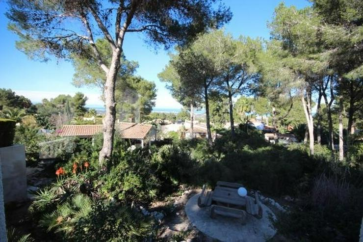 Grundstück mit Meer- und Bergblick , 800m2 bebaubar mit bestehendem Carport von 35m2 - Grundstück kaufen - Bild 1