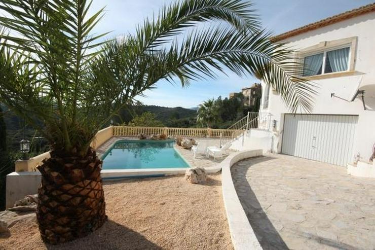 Bild 2: Schöne 3 SZ Villa mit Pool und Garage in Monte Pedreguer