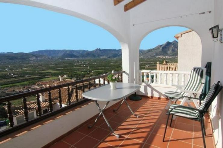 Bild 2: Schöne, gepflegte Doppelhaushälfte mit atemberaubenden Panoramablick in Sanet y Negrals