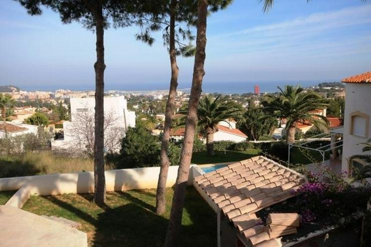 Bild 3: Villa mit Einliegerwohnung, Infinity Pool und Meersicht in Denia
