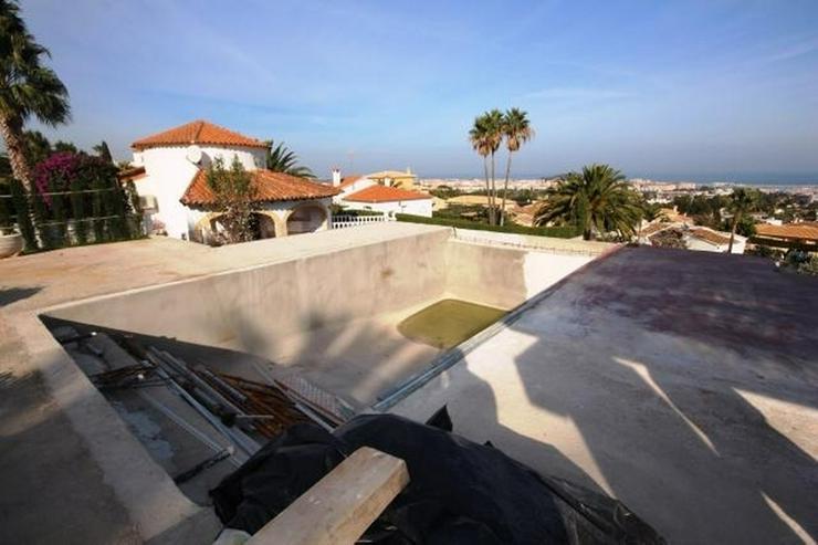 Bild 2: Villa mit Einliegerwohnung, Infinity Pool und Meersicht in Denia