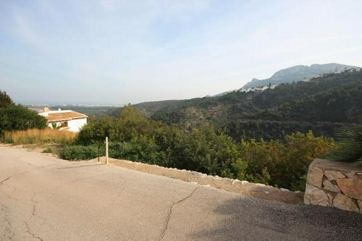 Bild 6: Bebaubares Südwest gerichtetes Grundstück in Monte Pego mit schönem Meer und Bergblick.