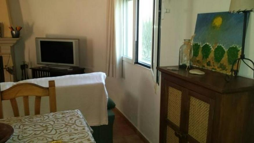 Bild 3: Villa mit zwei Schlafzimmern auf 400 qm Grundstück mit Pool in Els Poblets nur 900 Meter ...