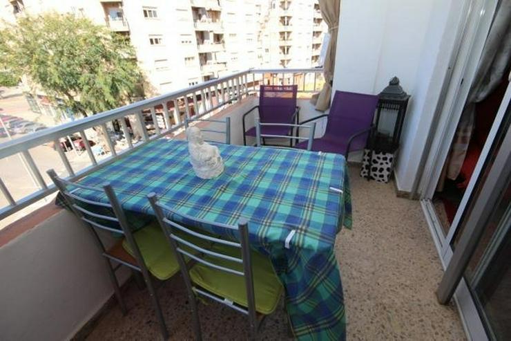 Bild 2: Wohnung im Zentrum von Denia mit 4 Schlafzimmer, zwei Badezimmer und einen Balkon mit Blic...