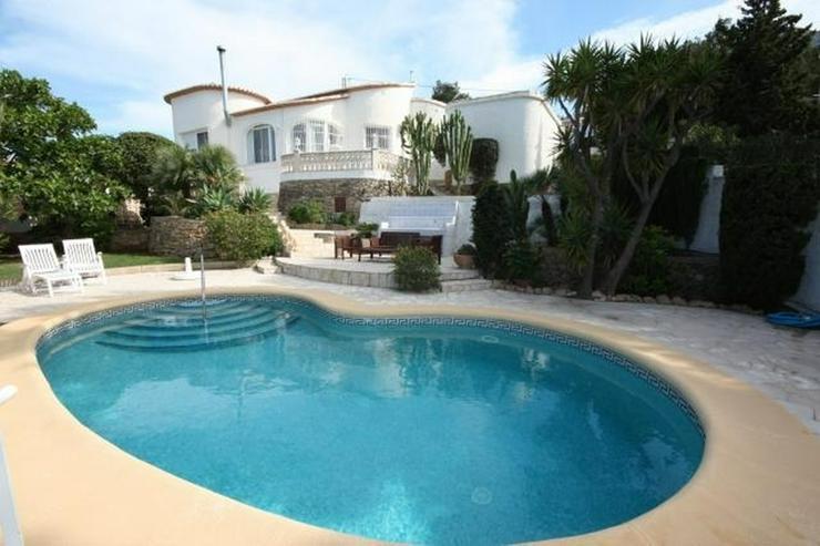 Sehr gepflegte 2 Schlafzimmer Villa Pool wunderschönem Meerblick ...