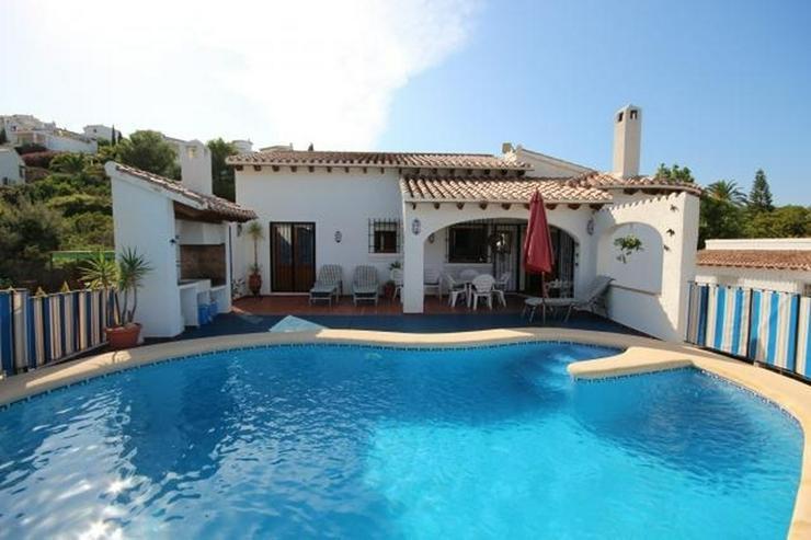 Schöne Villa mit Meer- und Bergblick, 3 Schlafzimmer, 2 Bäder, 7.5x6 m großer Pool, Ter... - Haus kaufen - Bild 1