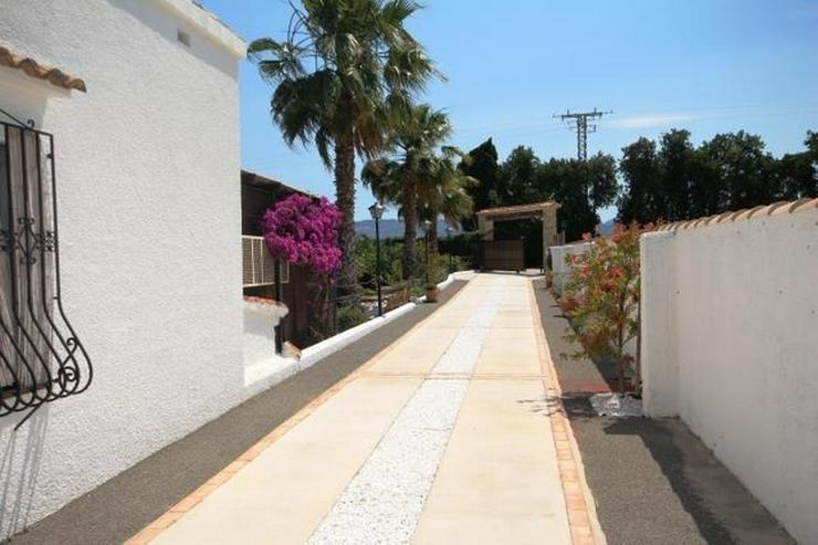 Bild 5: Villa mit 2 SZ und 3000 qm Grundstück mit 4-5 Campingstellplätze in Els Poblets