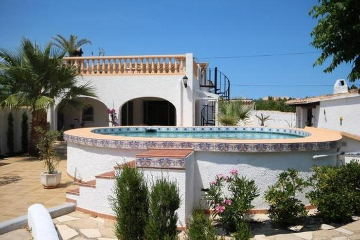 Bild 2: Villa mit 2 SZ und 3000 qm Grundstück mit 4-5 Campingstellplätze in Els Poblets