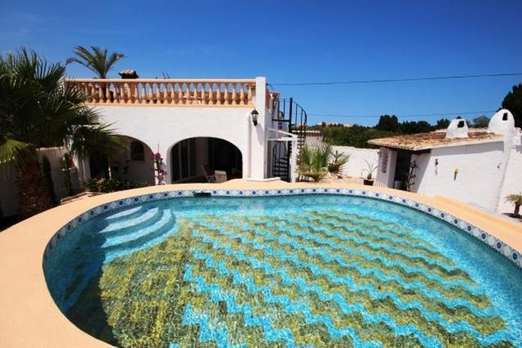 Villa mit 2 SZ und 3000 qm Grundstück mit 4-5 Campingstellplätze in Els Poblets - Haus kaufen - Bild 1
