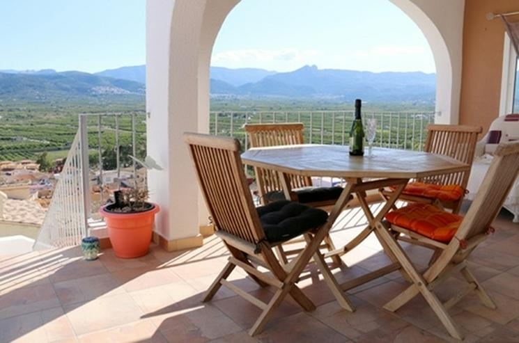 Bild 2: Villa mit bis 5 SZ in Sanet y Negrals mit viel Sonne und toller Bergsicht