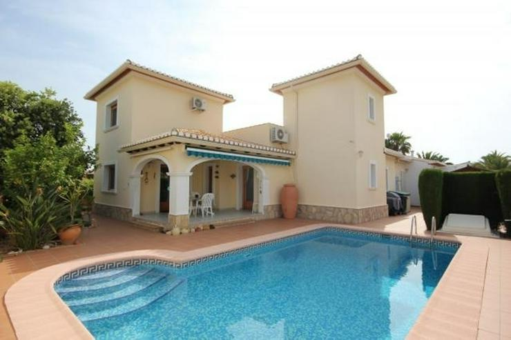 Luxus Villa in Els Poblets mit Gas-Zentralheizung, großzügige Zimmer, großes Wohn-und E... - Bild 1
