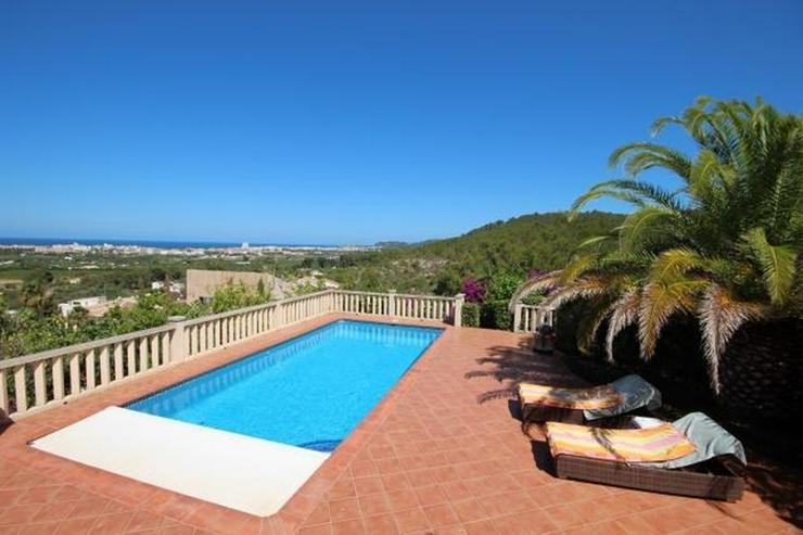 Bild 3: Traumhafte Villa mit herrlicher Meersicht, 4 SZ, Fussbodenheizung, Klima, Sauna, Kamin, Po...