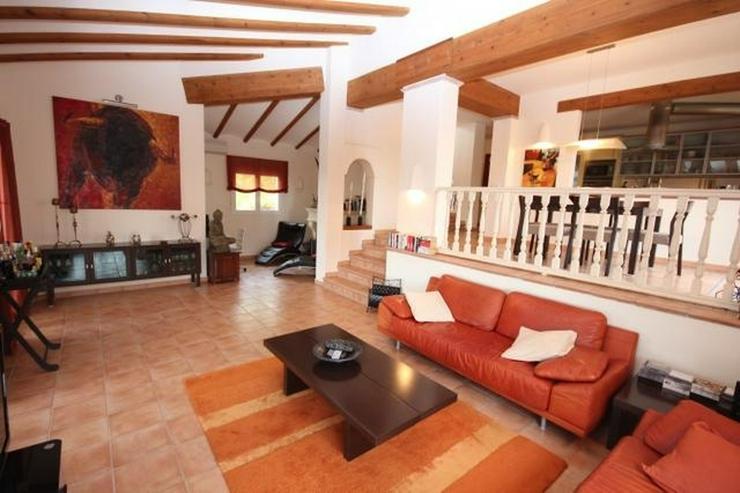 Bild 6: Traumhafte Villa mit herrlicher Meersicht, 4 SZ, Fussbodenheizung, Klima, Sauna, Kamin, Po...