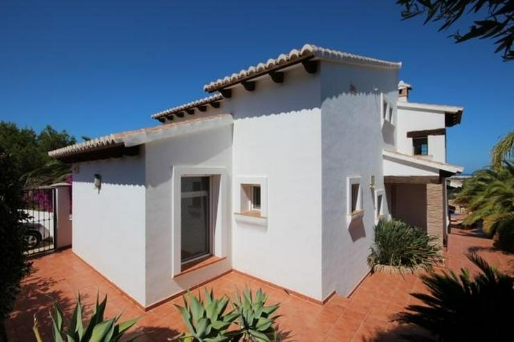 Bild 4: Traumhafte Villa mit herrlicher Meersicht, 4 SZ, Fussbodenheizung, Klima, Sauna, Kamin, Po...