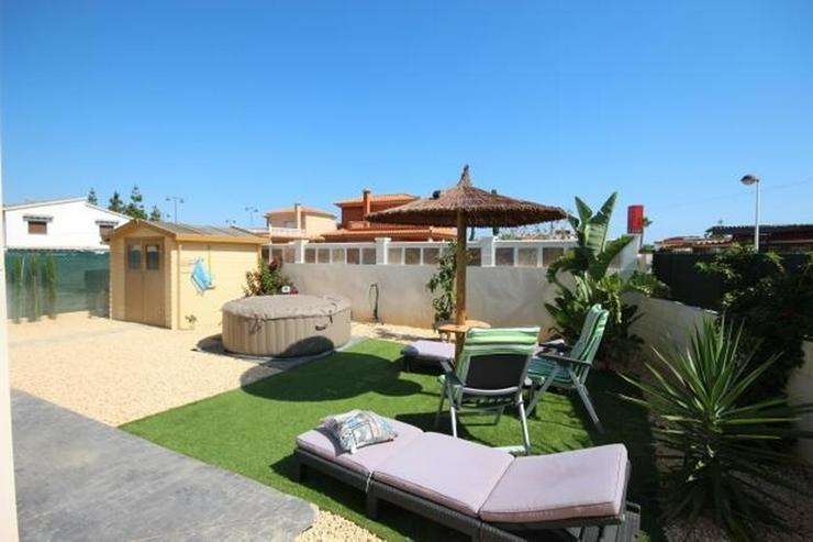 Bild 2: Sehr schöne und moderne Villa in Els Poblet, strandnah, ideal für das ganze Jahr dort zu...