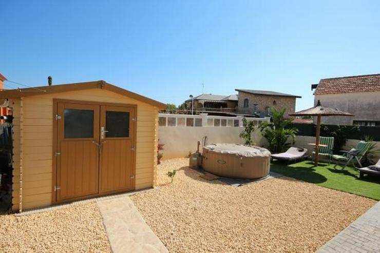 Bild 3: Sehr schöne und moderne Villa in Els Poblet, strandnah, ideal für das ganze Jahr dort zu...