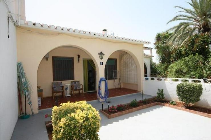 Kleines unabhängiges Reihenhaus in Las Marinas, nur 50m vom Strand - Bild 1