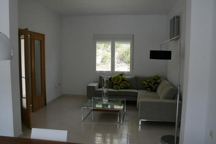Bild 5: Moderne Villa mit Ausblick in schöner Lage